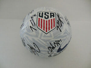 2019 USA USWNT WOMEN NATIONAL WORLD CUP TEAM SIGNED SOCCER BALL w/COA 24 AUTOS