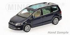 Minichamps 110051000 - VOLKSWAGEN VW Sharan 2010 BLEU METAL  1/18