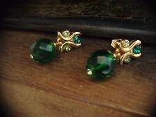 VINTAGE Orecchini Smeraldo & peridot verde crystal goccia. Piercing. 22ct Placcato Oro