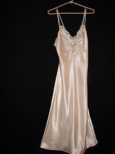 Victoria's Secret Off White Beaded Sequence Lace Nightgown Gown ~ size Petite