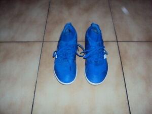 Baskets futsal Adidas nemesis bleu P37 1/3 en TBE