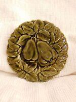 VINTAGE SARREGUEMINES MAJOLICA POTTERY FRUIT PEAR GREEN PLATE France