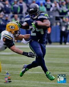 Marshawn Lynch Seattle Seahawks NFL Licensed Unsigned Matte 8x10 Photo B