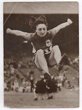 PHOTO DE PRESSE Keystone Saut en longueur Yvonne Curtet Chabot Record Athlétisme