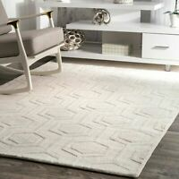 nuLOOM Contemporary Hand Woven Ambrose Area Rug in Ivory