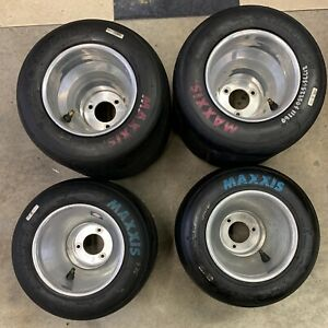 Go Kart Racing Aluminum Wheels And Maxxis Pinks And Blue Tires
