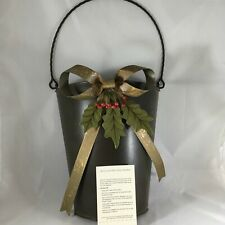 Southern Living at Home Berry and Bow Door Bucket #41372 Willow House
