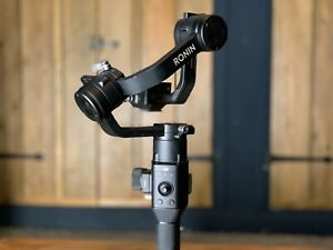 DJI Ronin S - Handheld Gimbal Stabiliser for Mirrorless & DSLR Cameras