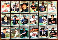 1989 Fleer Glossy ~ ATLANTA BRAVES COMMONS & SEMI-STARS ~ LOT OF 18 CARDS