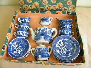 Vintage 22pc Children's Child Blue Willow China Tea Set in Box Made in  Japan