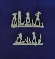 Milicast 1/76 British LRDG Figure Set 3: Five Figures in Maintenance Poses FIG11