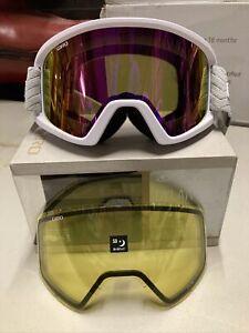 ! Giro Dylan Womens Snow Ski Snowboarding Goggles White Zag Strap 2 Lenses