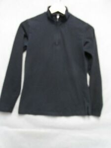 Z7094 Patagonia womens black long sleeve pullover zip collar size XS.