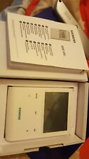 SIEMENS RDE100 PROGRAMMABLE ROOM THERMOSTAT , WIRED*. NEW *1ST CLASS DELIVERY!!