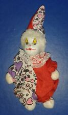 *** 11 cm PORCELAIN HEAD DOLL CLOWN 1 POINTED HAT *** CLOTH BODY