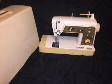 Singer Touch & Sew Sewing Machine Model 640 Zig Zag with case and pedal