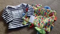BRAND NEW - BOYS CLOTHES AND COMFORT BLANKET - DESIGNER- 0-6 MONTHS - fenw bag