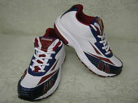 Boys Reebok Winning Stride II White/Royal/Red or White/Navy/Silver Trainers
