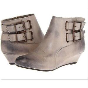 Seychelles Worlds Collide ankle boot booties buckle gray wedge sz 7