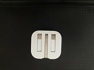 Genuine Apple 5W USB Power Adapter Folding Pins Wall Plug iPhone iPod iPad