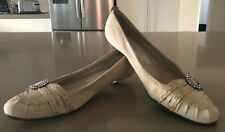 Pre-owned ENZO ANGIOLINI Beige Suede & Croc Trim Slip On Kitten Heels Size 10M