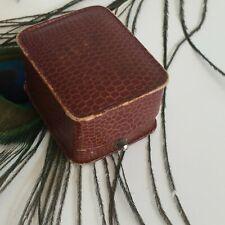 Ecrin Ancien pour Bague Bijouterie Nantes Imitation cuir Collection Bijou