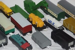 Thomas & Friends Trackmaster Trucks, Tankers & Coaches - Choose from Various