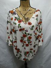 Womens Free Kisses White Polyester Blend Floral Pattern Long Sleeve Blouse Plus