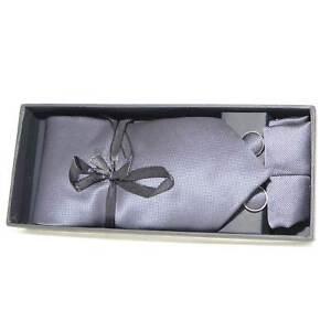 Set coordinato uomo cravatte con gemelli e pochette grigio elegante cerimonia