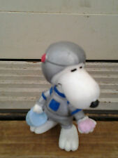 SNOOPY ASTRONAUT with MOON ROCK 1980's era PVC FUN FIGURE  vintage collectible!!