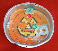 Wilton JACK-O-LANTERN Cake Pan #2105-3068 - 1995 - New with Insert