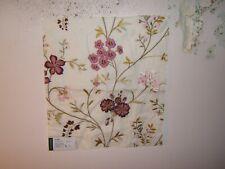Lee Jofa , Gp & J Baker,Pencarrow Linen, Embroidered Floral, Remnant, Clr White