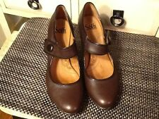 Sofft Brown leather black trim  Dress Button Mary Jane Heels Pumps Women's 9M