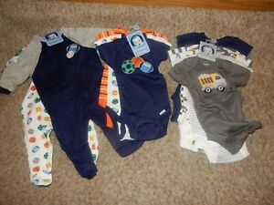 NWT 0-3M GERBER Layette Set 2 Sleepers & 8 Onesies Bodysuits Sports Construction
