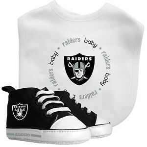 Las Vegas Raiders NFL Pre-Walker High-Top Baby Shoes & Bib Set, Infant Fan Gear