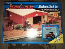 Ertl Farm Country machine shed Set 1/64th scale Complete
