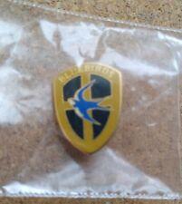 UCCELLINI Cardiff City pin badge