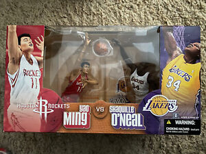McFarlane's Sportspicks NBA Yao Ming Vs Shaquille O'Neal 2 Pack Box Set