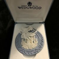 Wedgwood 1998 Christmas Ornament with Original Box