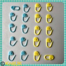 Locking Stitch Markers. 20 Pack - Blue & Yellow