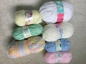 Job lot of baby knitting wool, 500 grams , mixed colours. great variety