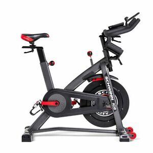 Schwinn IC8  /  Hometrainer / Fitnessgerät / Speed Bike
