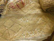 Trés large dentelle ancienne aux fuseaux  lin au métre sur 14 cm  B20