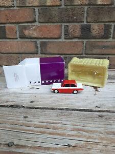 Vintage NIB Vanguards Triumph Herald Saloon Die-Cast Toy Car Box Red White Box