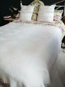 Lovely White Throw - Textured Detail with Heart Pattern.