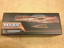 Mass Effect Alliance Ship Bronze Replica Edition SDCC 2014  Exclusive in hand