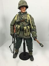 1/6 BBI GERMAN 1ST SS DIV ARDENNES BULGE MP-44 CAMO+STAND WW2 DRAGON DID 21ST