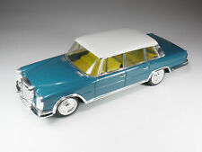 Paya - 3083-mercedes 600 pullman-wire-guided - 26cm