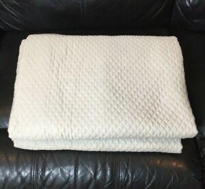 Fieldcrest Diamond Matelasse 100% Cotton Pebble Tan QUEEN Coverlet