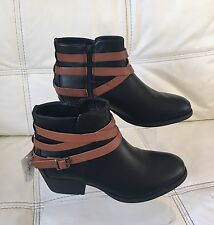 Brand New Ladies Black & Tan Zip Up Ankle Boots Size 4